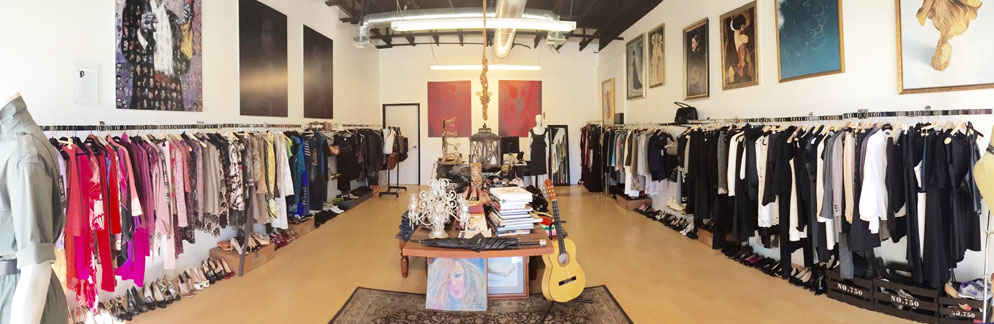 Charmant Closet Couture High End Fashion Consignment Boutique